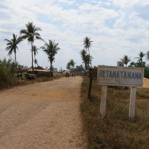 Betanatanana - ingresso paese
